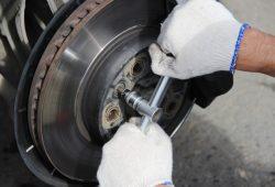 Проверка тормозной системы Volkswagen Touareg в Минске