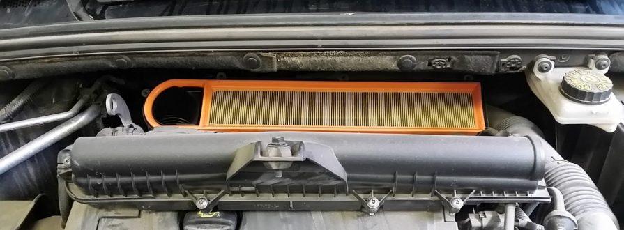 Замена воздушного фильтра Peugeot в Минске