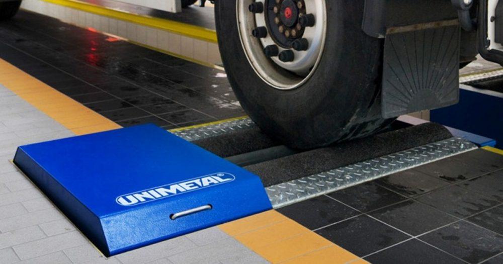 Проверка тормозных усилий Ford на стенде в Минске