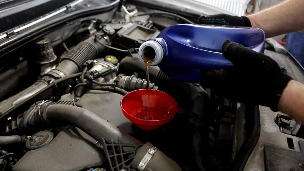 Замена масла бензинового двигателя Renault в Минске