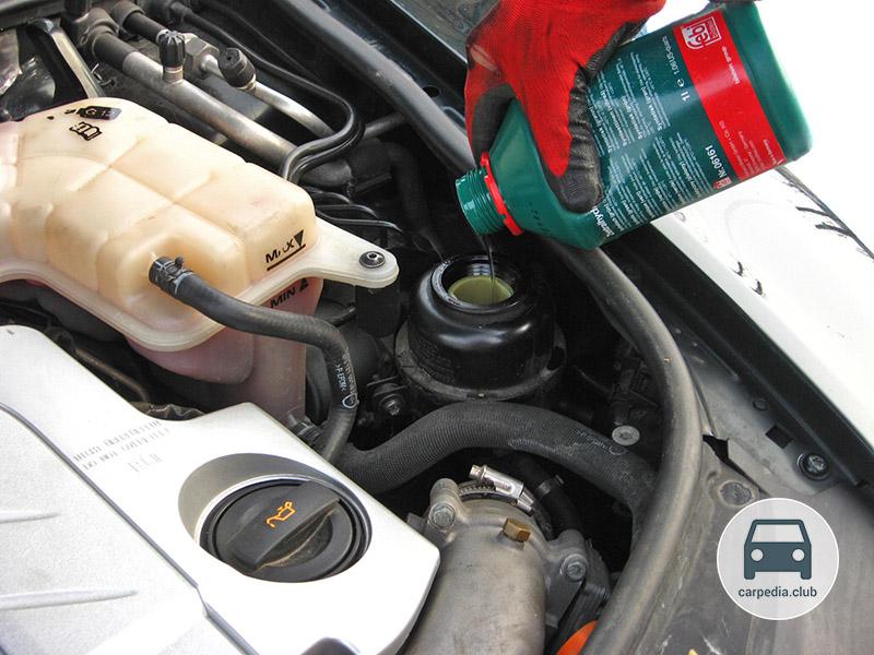 Замена масла в гидроусилителе руля Nissan в Минске