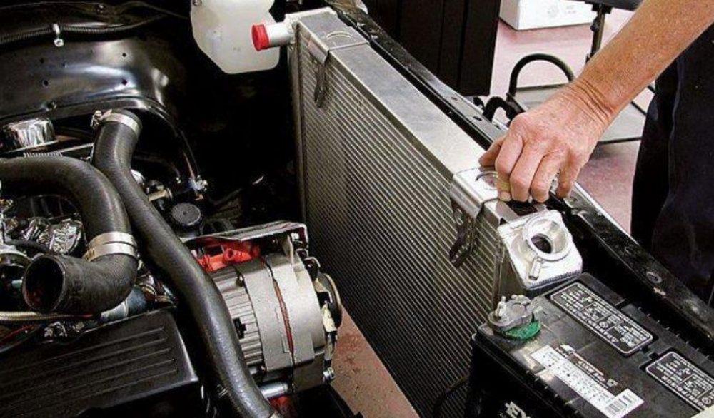 Замена радиатора охлаждения Renault в Минске