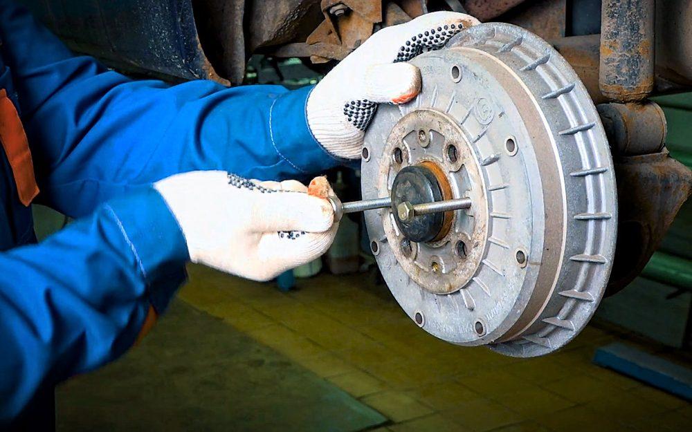 Замена тормозных цилиндров Mercedes в Минске
