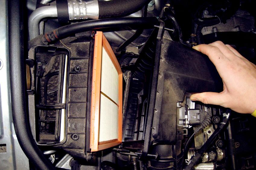 Замена воздушного фильтра Audi в Минске