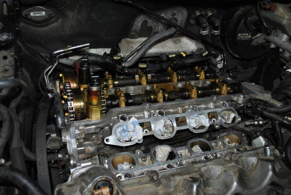Замена клапанной крышки Volvo в Минске