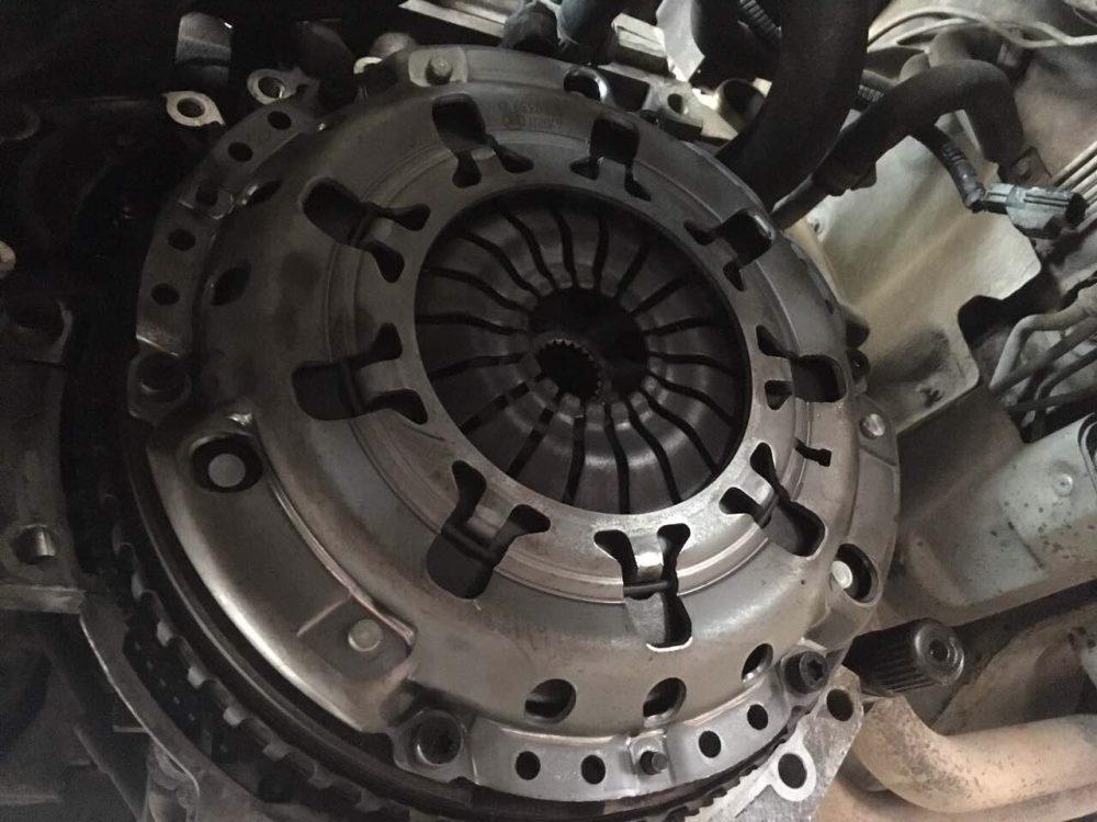 Замена сцепления Volvo в Минске